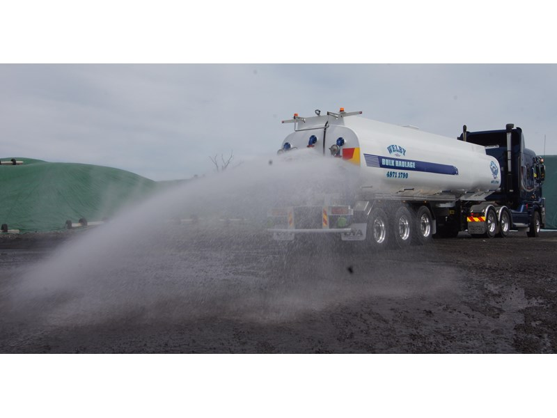 ultimate trailers uta elite spray tanker 544633 002