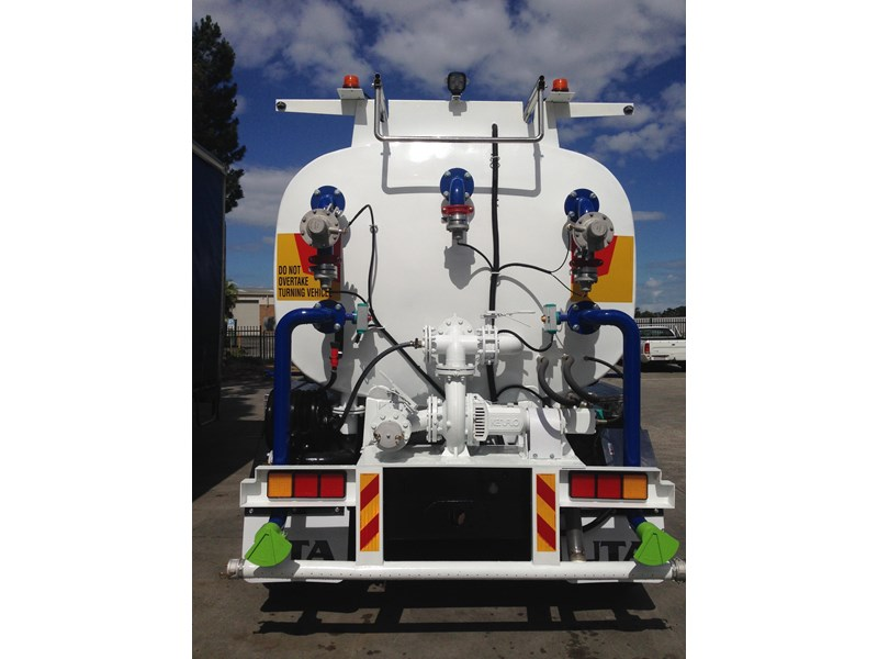 ultimate trailers uta elite spray tanker 544633 007