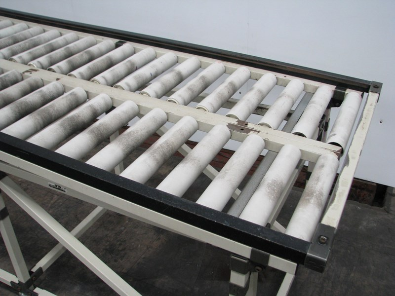 rodwell wide roller conveyor - 2m long 545733 002