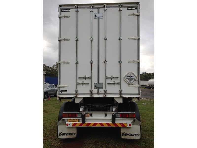 vawdrey a trailer roll back tautliner 546897 012