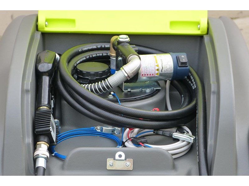 transtank dieselcaptain 1200l with 60l/min pump & ball baffle safety system 416621 007