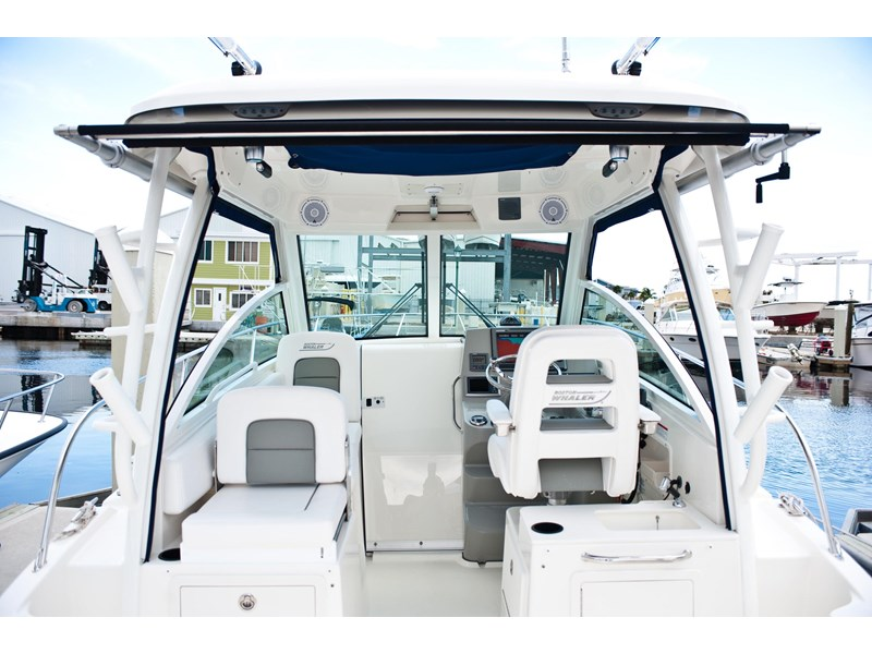 boston whaler 285 conquest 472933 073