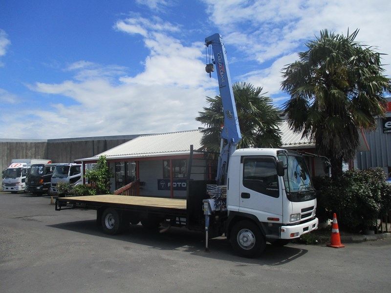 isuzu forward 549758 010