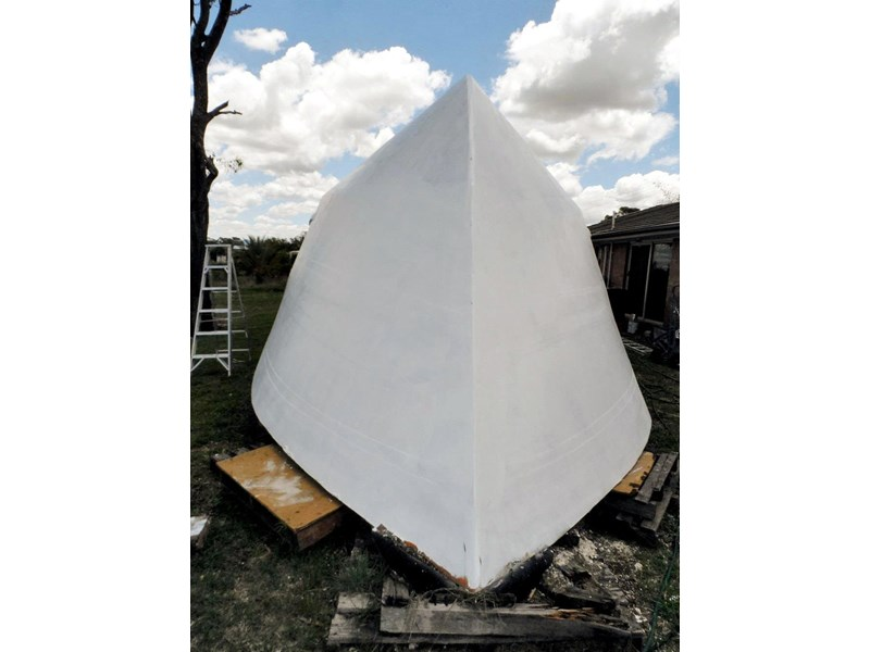 custom bare hull 15m 550227 003