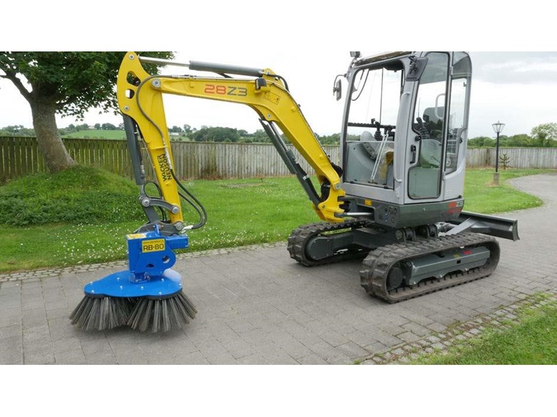 slanetrac rb80 sweeper with hitch 550890 005