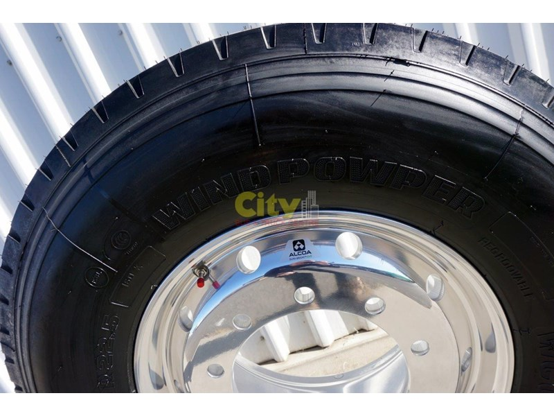 windpower 385/65r22.5 (wgc28) on alcoa 11.75x22.5 durabright - suit scania 551525 004