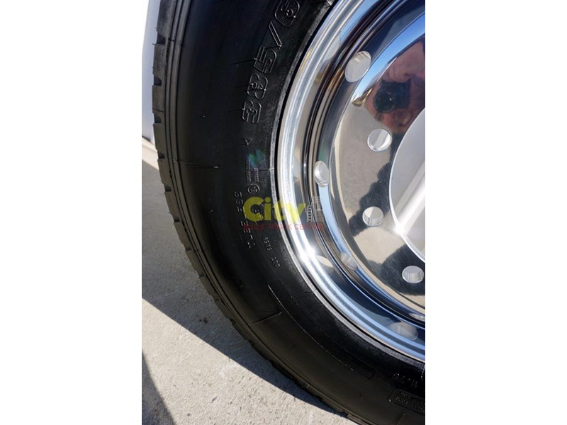 windpower 385/65r22.5 (wgc28) on alcoa 11.75x22.5 durabright - suit scania 551525 006
