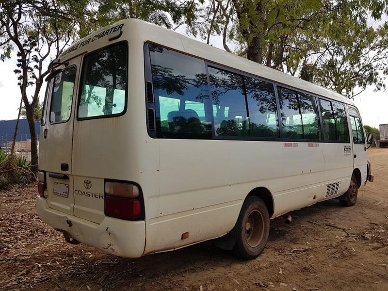 toyota coaster bb50r 50 series 552170 002