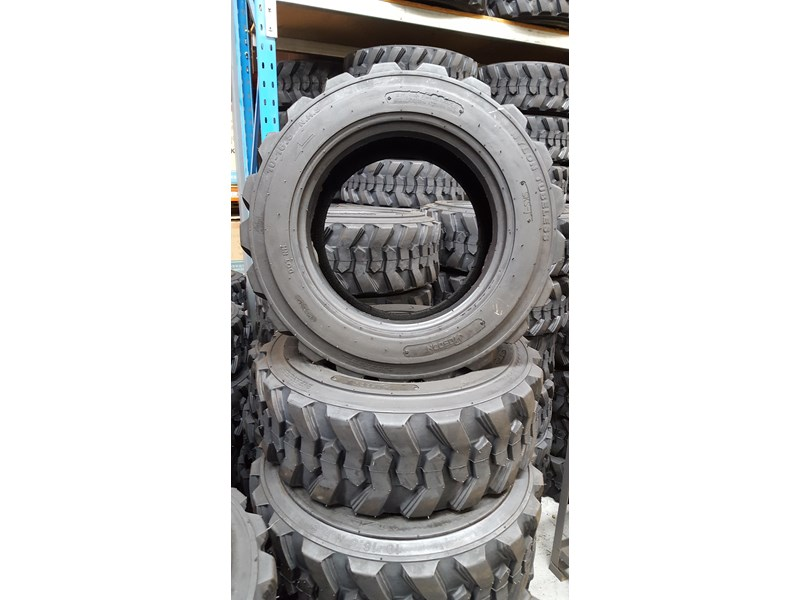 bobcat tyres 10- 16.5 12 ply 334132 001