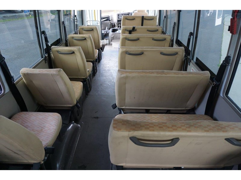 mitsubishi rosa 25 seat with wheelchair lift 555028 025