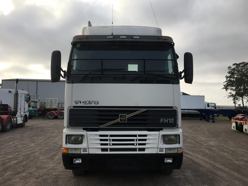 volvo fh12 102410 002