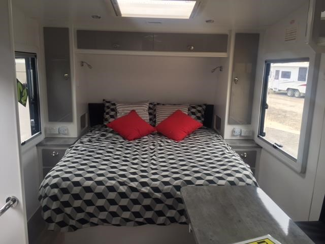masterpiece caravans performance 22.6ft family van 435470 020