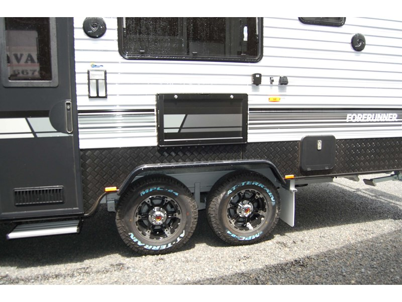 design rv forerunner family f2 21' outback 494753 015