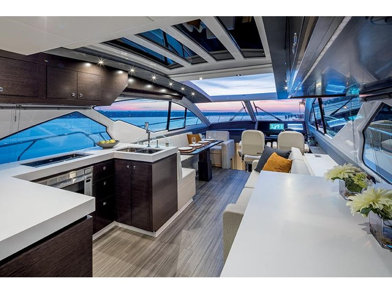 cruiser yachts 60 cantius sports yacht 560080 005