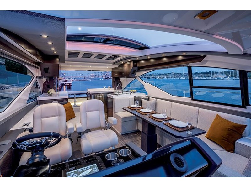 cruiser yachts 60 cantius sports yacht 560080 006