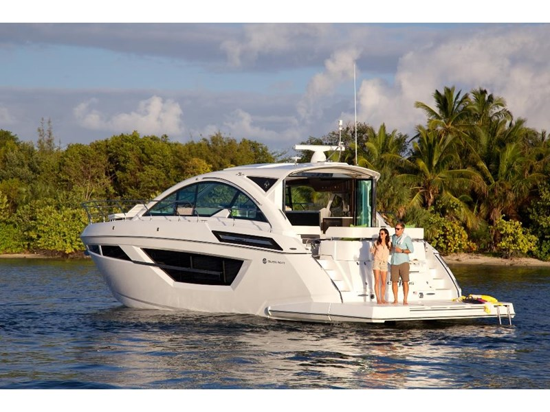 cruisers 50 cantius cabriolet sports yacht 560086 002