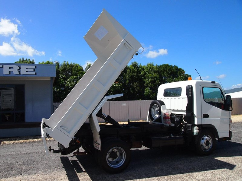 fuso canter 715 tipper 564552 004