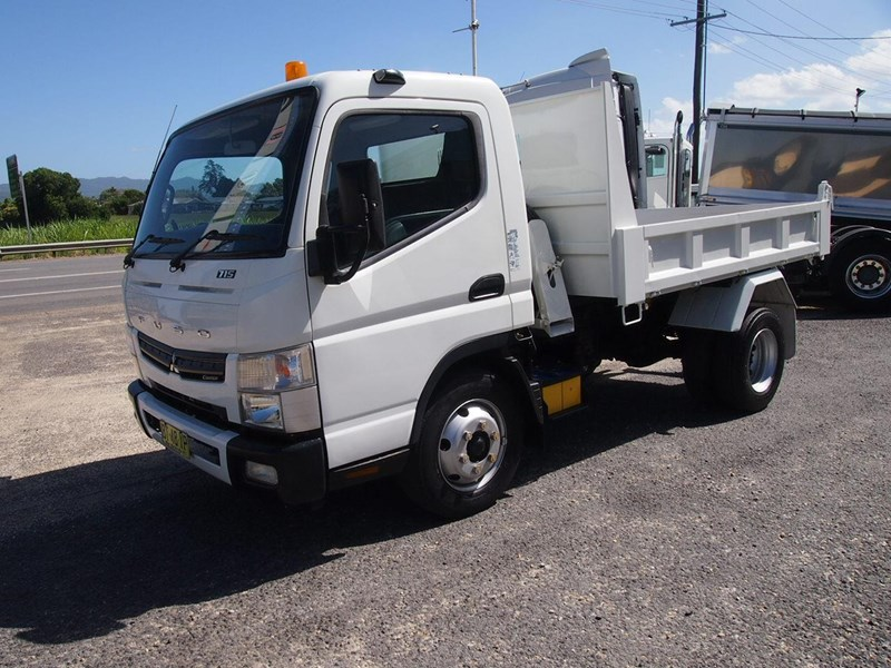 fuso canter 715 tipper 564552 009