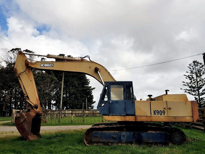 1982 KOBELCO K909 for sale