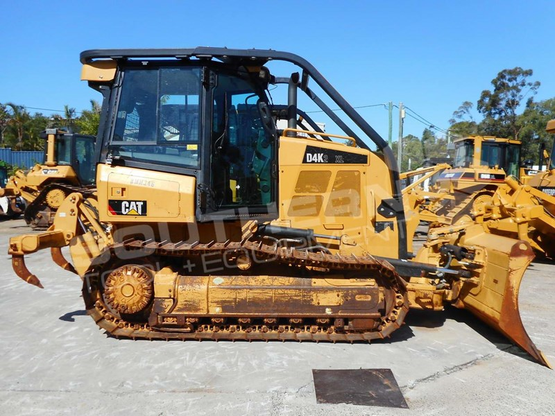 2019 Caterpillar D4k Dozers Screens Sweeps Cat D4 Forestry Guard