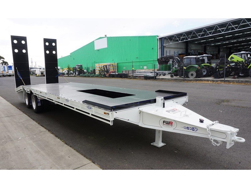 fwr tandem axle tag trailer in stock 567776 002