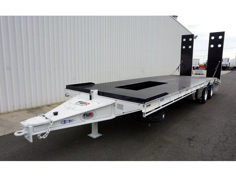 fwr tandem axle tag trailer in stock 567776 014