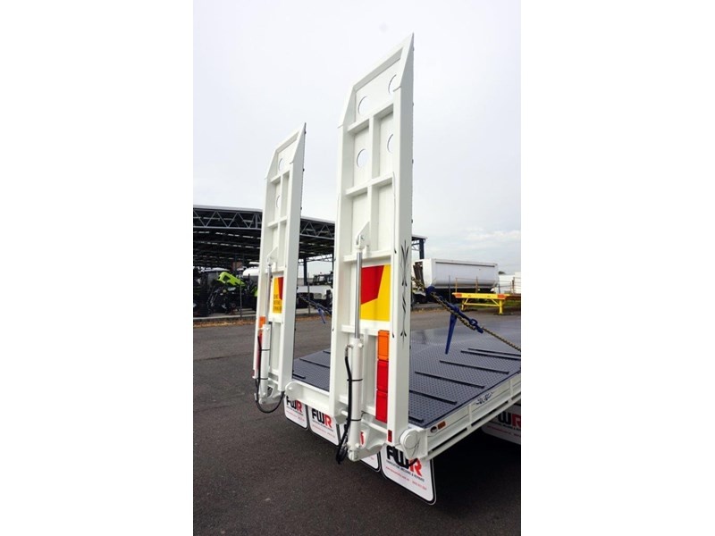 fwr tandem axle tag trailer in stock 567776 028