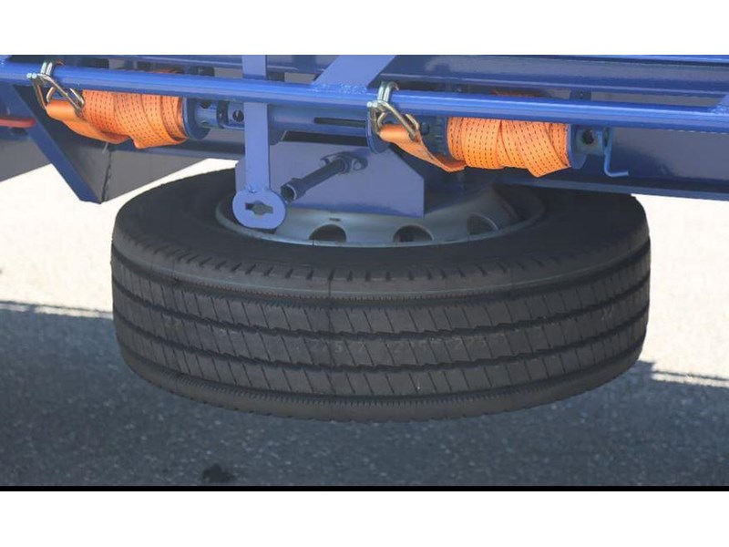 aaa aaa 45' extendable drop deck with bi-fold ramps 568108 007