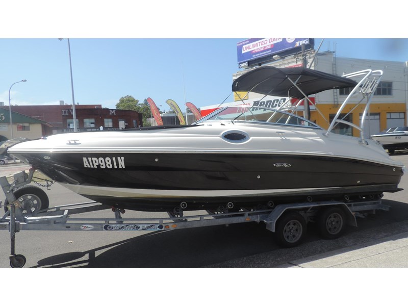 sea ray 240 sundeck 571443 002
