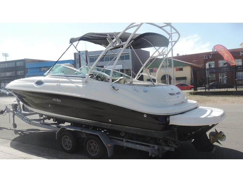 sea ray 240 sundeck 571443 042