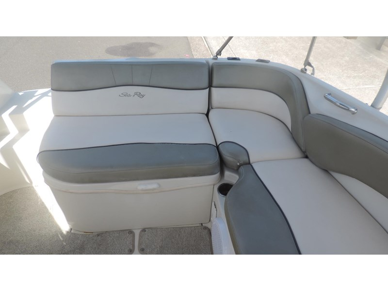 sea ray 240 sundeck 571443 012