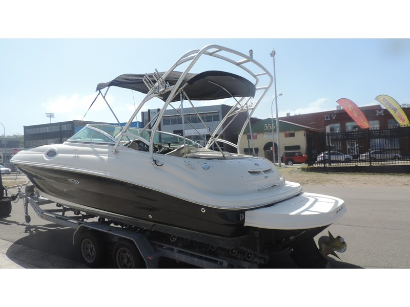 sea ray 240 sundeck 571443 003
