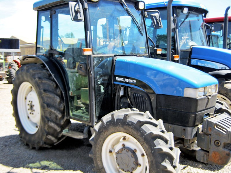 NEW HOLLAND TN65D 4 WHEEL DRIVE TRACTOR for sale