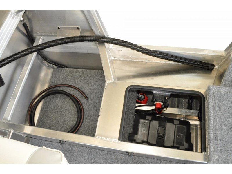 stacer 449 outlaw centre console 396786 006