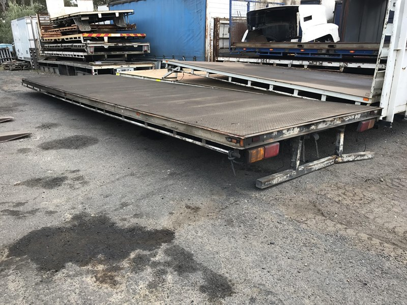 truck trays various sizes 18383 009