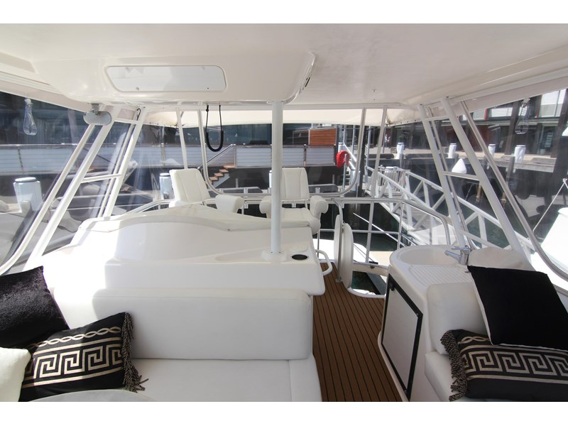 riviera 47 open flybridge 575450 014