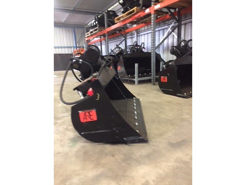 ar equipment ar equipment 1-2 ton tilt bucket 579010 008