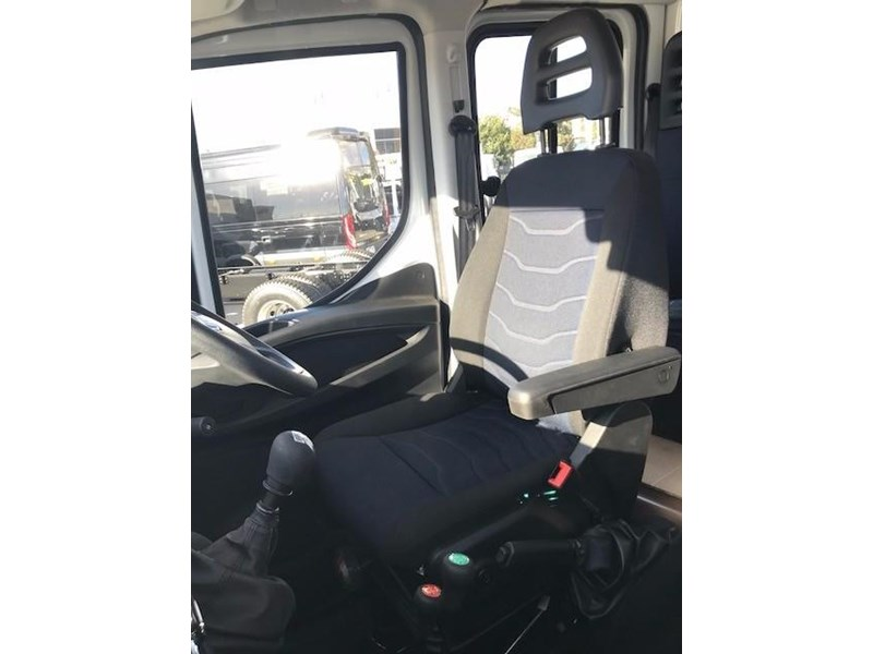 iveco daily 55 s17 580233 012