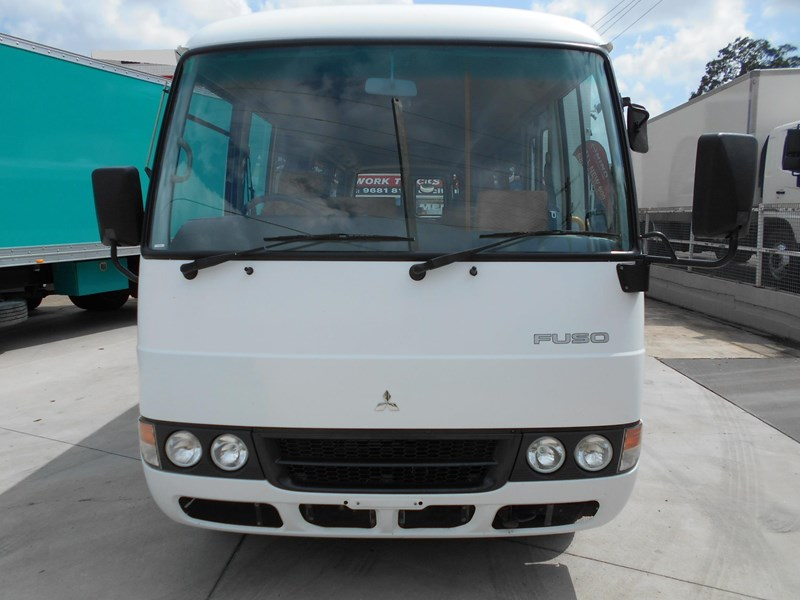 mitsubishi fuso rosa bus auto/ 21 seat rosa bus with wheelchair 579661 002