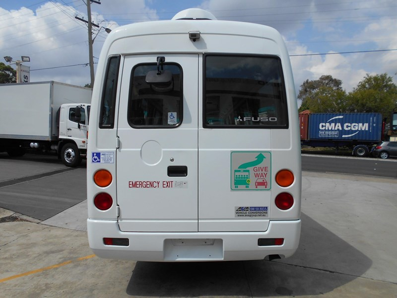 mitsubishi fuso rosa bus auto/ 21 seat rosa bus with wheelchair 579661 006