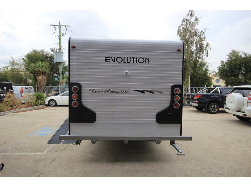 evolution lux-accessible 579844 005