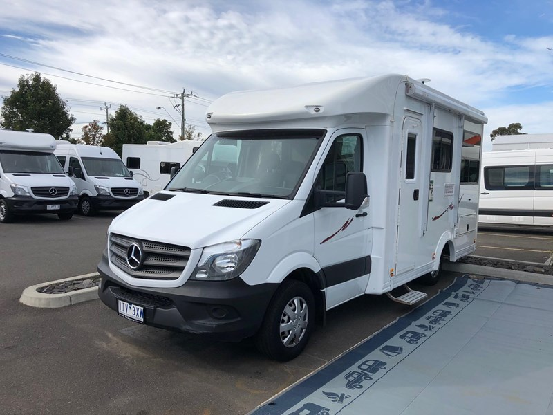 kea discovery 4 berth mercedes benz 557661 001