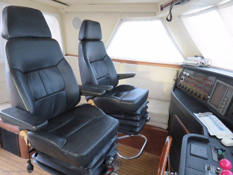 sea chrome marine charter vessel present all offers! 547344 021