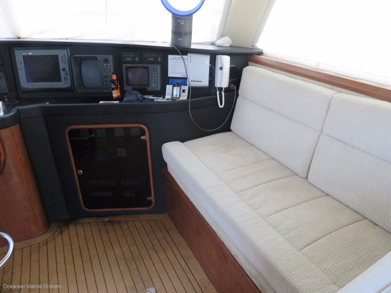 sea chrome marine charter vessel present all offers! 547344 022