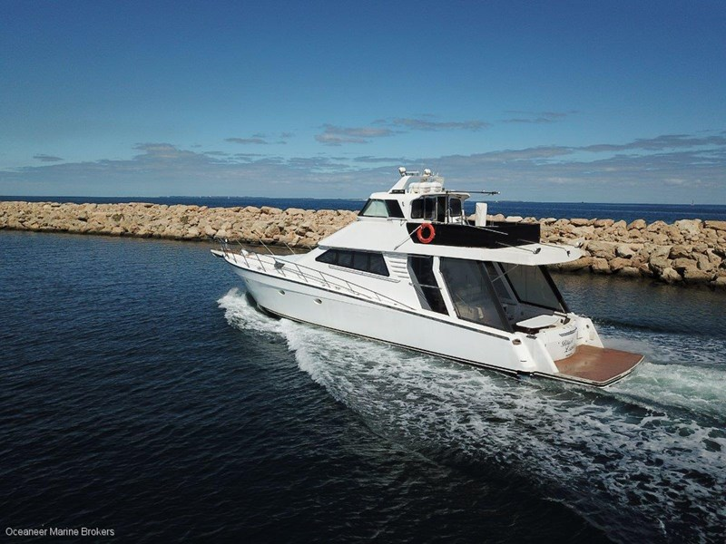 sea chrome marine charter vessel present all offers! 547344 026