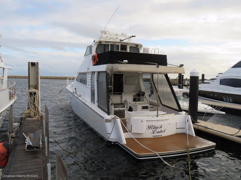 sea chrome marine charter vessel present all offers! 547344 004