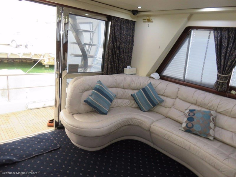 sea chrome marine charter vessel present all offers! 547344 017
