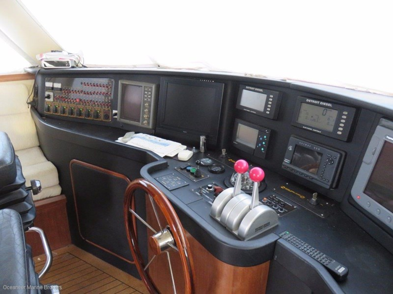 sea chrome marine charter vessel present all offers! 547344 020