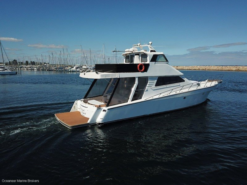 sea chrome marine charter vessel present all offers! 547344 014