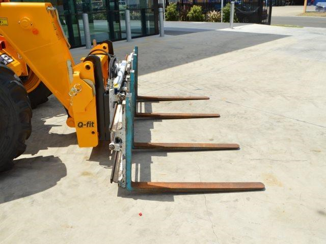 unknown cascade double pallet hydraulic forks to suit jcb telehandler 585431 002